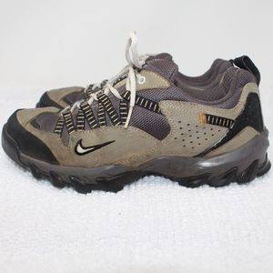 ed833d672df Nike ACG Shoes - Nike Air ACG All Trac Hiking Walking Sneakers 7.5